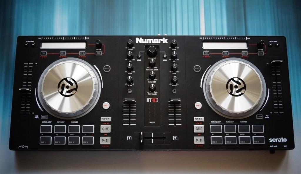 Numark Mixtrack Pro 3 – Recenzja