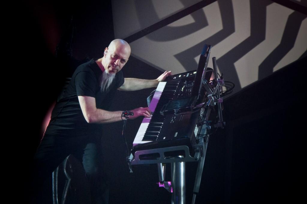 Jordan_Rudess_-_01[1]